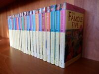 ENID BLYTON 'FAMOUS FIVE' BOOKS - COMPLETE SET OF 21 BOOKS IN DUST JACKETS IN NEAR NEW CONDITION.