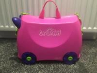 Pink 'Trixie' ride-on suitcase