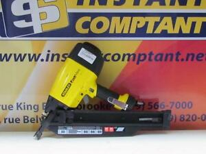 * Y015650 - Cloueuse à pression / Roofing gun Stanley Fatmax  - Instant Comptant