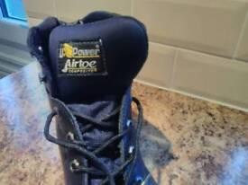 Upower safety footwear
