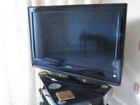 "e-Motion 32"" TV, freeview"