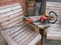 OLD HEDGE TRIMMER..NON RUNNER..SPARES OR REPAIR