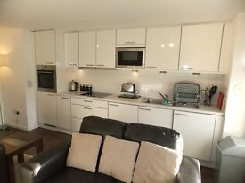 2 bedroom fully furnished first floor flat to rent on Main Street, Kirkliston