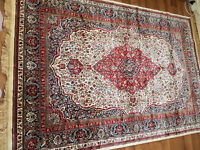 ****** Hand woven Moroccan Traditional Persian Rug. - New ******