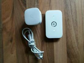 Huawei THREE 4G Mobile WiFi hotspot E5573S-320