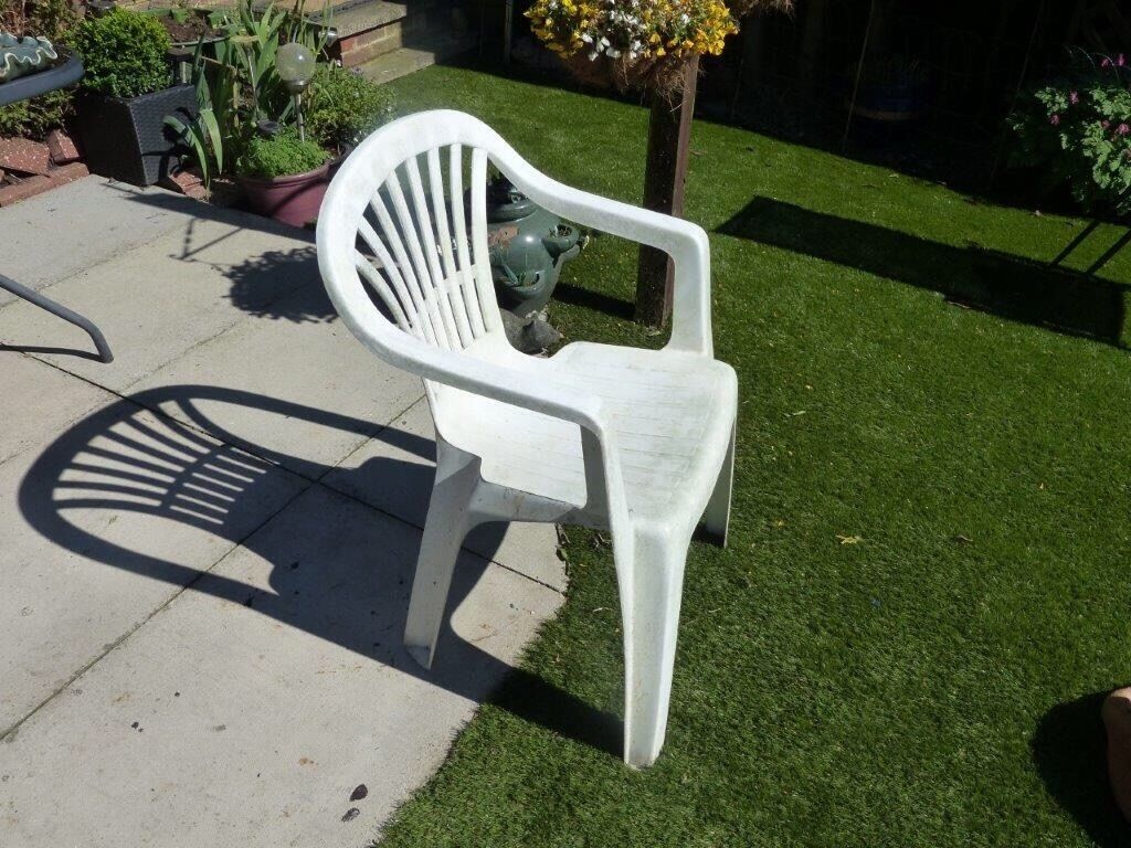 White Plastic Garden Chairs In Toddington Bedfordshire Gumtree