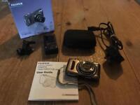 Fujifilm Finepix Digital Camera T200 in Gunmetal. Immaculate
