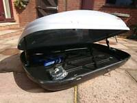 Karrite contour roof box