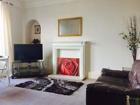 1 bedroom flat in Forest Park Road, West End. Dundee