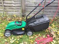 Qualcast 1000W Electric Lawnmower