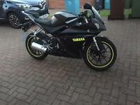 Yamaha YZF - R125 14 plate 5000 Miles