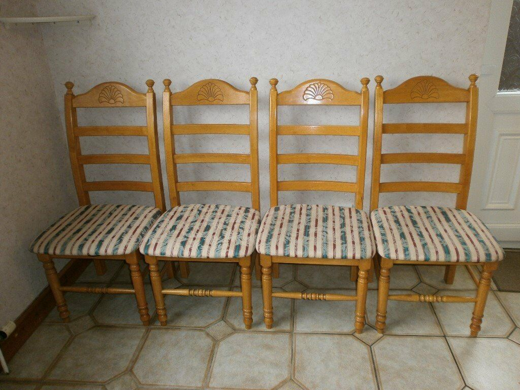 Pine Dining Table And Chairs4standard 2 Carvers