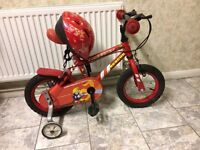"""KIDS BOYS APOLLO FIRECHEIF RESCUE 12"""" WHEEL WITH HELMET AND STABILISERS AGES 3-5 BIKE BICYCLE"""