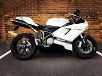 Ducati 848 Pearl White lots of extras Termis Carbon Fibre Dyno Jet Power Commander