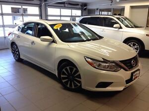 2016 Nissan Altima 2.5 SV/ROOF/ALLOYS/SAVE HUGE!!