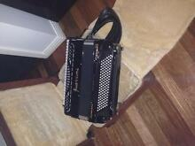 Piano Accordion Guerrini Superior 2 President Oro Hoppers Crossing Wyndham Area Preview