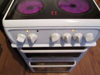 HOTPOINT Electric Ceramic Cooker double Cav *like New*