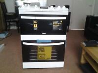 Freestanding white Zanussi oven