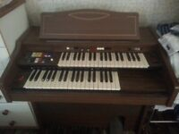 FARFISA ORGAN FOR SALE VERY GOOD CONDTION VERY LITTLE USE. OWNER MOVING AND NO LONGER HAS ROOM.