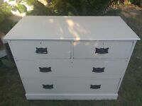 Lovely chest of drawers shabby chic