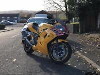 Triumph Daytona 650 2005 18k miles has cracked fairing starts runs and rides fine