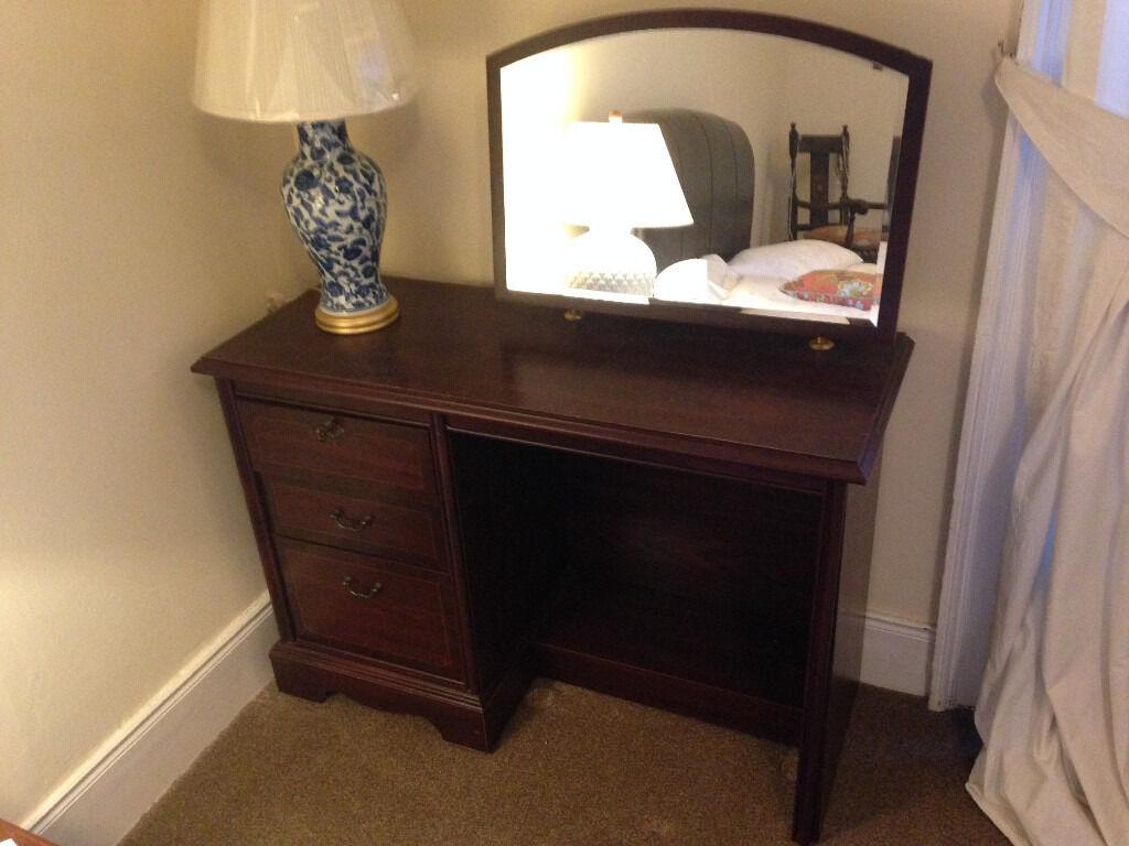 Lockable Bedroom Furniture 3 Drawer Mirrored Dressing Table Dark Wood Effect Vanity Unit