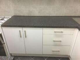BRAND NEW BLACK FULL AND HALF WORKTOP LEFT FOR SALE RRP £84.99 MY PRICE IS JUST £60