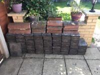 Around 300 reclaimed roof slates 13 x 7 / 330 x 170 + ridge tiles
