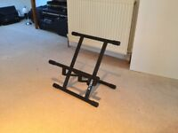 Quiklok BS- 317 Low Profile Amp Stand