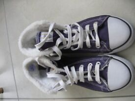 Donnay Baseball Boots Size 6 Ladies