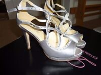 LADIES SILVER PLATFORM SHOES SIZE 6 FOR PARTY/WEDDING WITH RHINESTONES BNIB