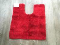 A Red Pedestal Mat (Brand New)