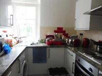 Studio flat in Fawn Manor Close, Feltham