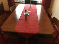 Dining room table + 4chairs