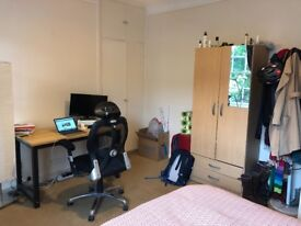 Large, bright double room in central Kennington