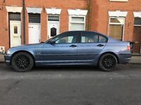 "BMW MV1 18"" staggered alloy wheels"