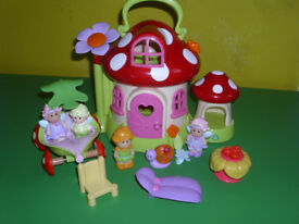 EARLY LEARNING CENTRE HAPPYLAND TOAD STOOL HOUSE,CAR & FAIRIES