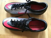 Size 11 Nike Mercurial Football Boots.