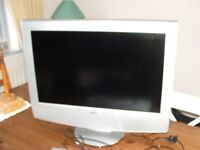 Sony 29 inch Tv for sale Model KLV-30HR3, with Sony DVD player