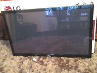 """LG 42"""" HD FREE VIEW TV IN EXCELLENT CONDITION FULLY WORKING"""
