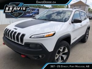 2016 Jeep Cherokee Trailhawk Only $207.00 bi-weekly! OAC