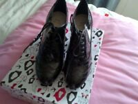 Black Patent size 6 / 39 Ladies Brogue style lowish heeled shoes