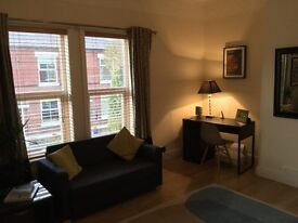 One Bedroom Flat to Let - Poynton - Monday to Friday/Midweek Let