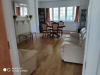 WEST HAMPSTEAD LARGE 2 BEDROOMS BRIGHT, SUNNY FLAT. RECENTLY REFURBISHED WITH LARGE RECEPTION