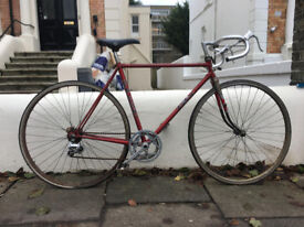 2 bicycles, Mens 1970s Falcon racer & Womens Peugeot Chamonix