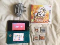 3DS + 4 Games (INC. POKEMON SUN)