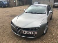Alfa Romeo 159 Lusso JTDM 1910cc Turbo Diesel 6 speed manual 4 door saloon 06 Plate 30/05/2006 Grey