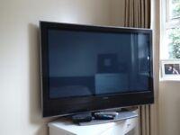 42 '' inches Big Screen Hitachi TV: £100