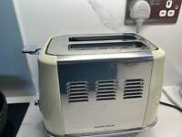Morphy Richards Evoke 2 Slice Toaster Cream
