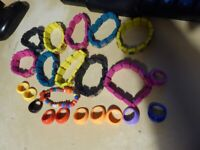 Job Lot, bulk collection, car boot 10 Jesus Wooden Bracelets in various colours + 10 plastic rings